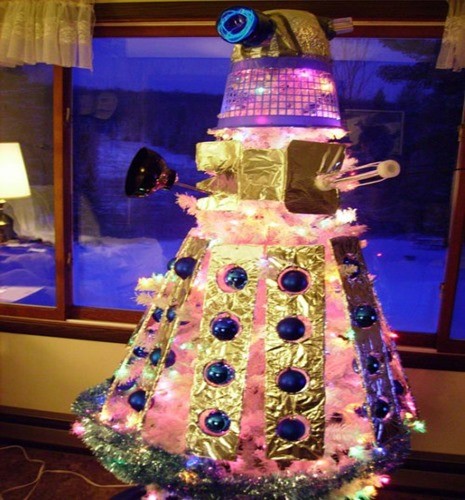 dr who dalek_christmas_tree_02